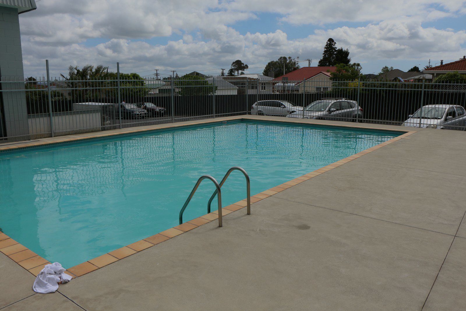 club physical te atatu swimming pool